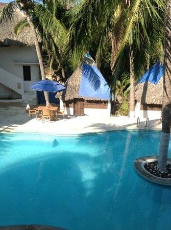 Hotel Nude Zipolite:                   la piscine de l'hotel Nude.