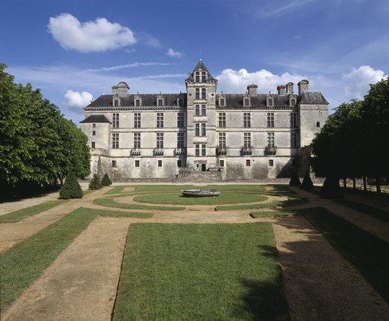Château de Cadillac. Ph berthé. Centre des monuments nationaux