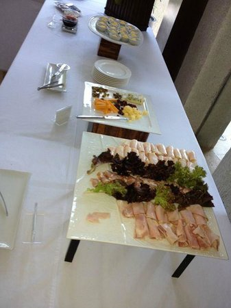 Asya Premier Suites:                   hardly an impressive buffet spread for a 5* hotel with 5* prices...