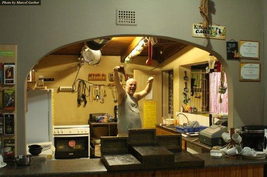 Old Vic Traveller's Inn:                   Kitchen