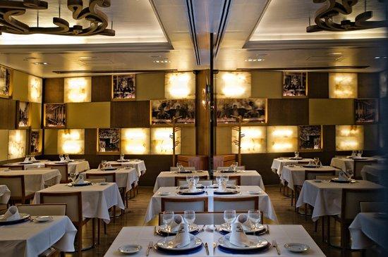 Hotel Preciados: RESTAURANTE CAFE VARELA