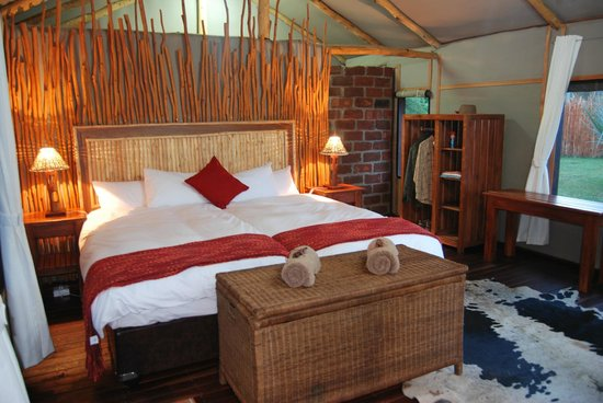 Camp Nkwazi: Luxury Tented Chalet - Inside