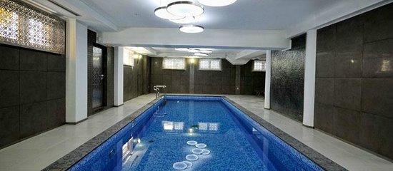Hotel Ziya:                   Pool
