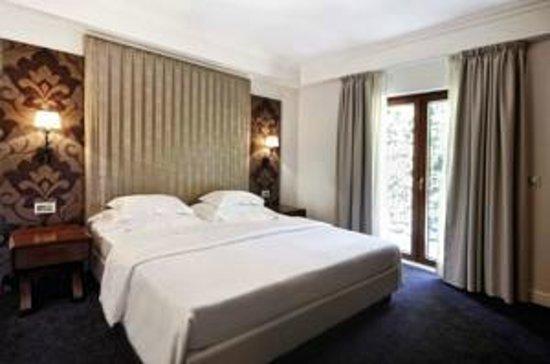 Hotel Ziya:                   Zimmer