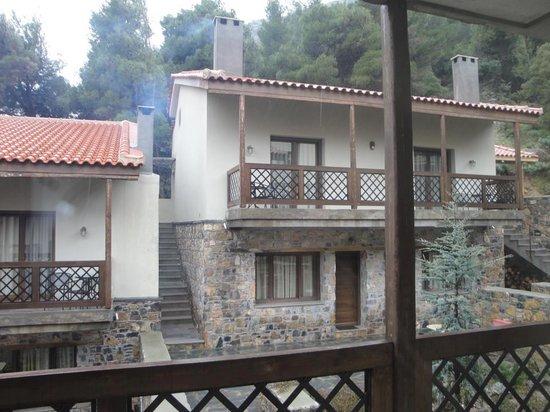 Vasiliki Guesthouse :                   Θέα από δωμάτιο
