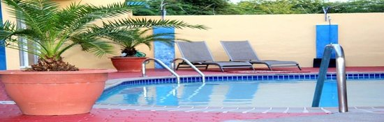 Malibu Hotel Aruba: Our great pool
