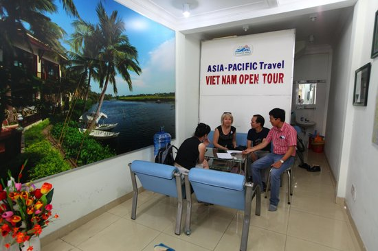 Indochina Adventures Travel - Vietnam Day Tours