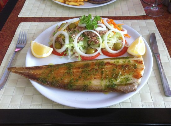 Cafeteria Cibeles:                   Grilled sole with salad