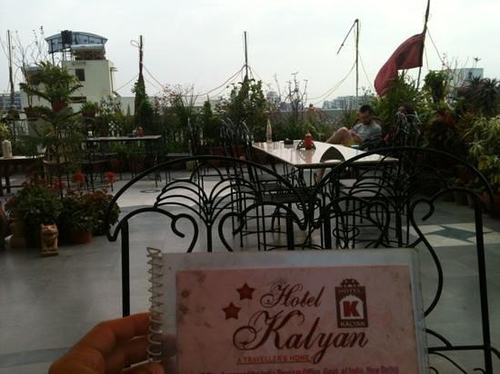 Hotel Kalyan:                   terraço restaurante
