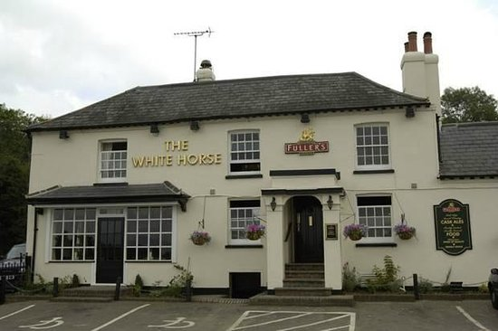 fantastic food and atmosphere review of the white horse. Black Bedroom Furniture Sets. Home Design Ideas
