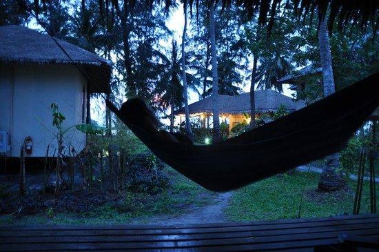 Baan Manali Resort:                   Comfy hammock