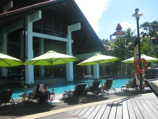 Sutera Harbour Resort (The Pacific Sutera & The Magellan Sutera):                   Pool