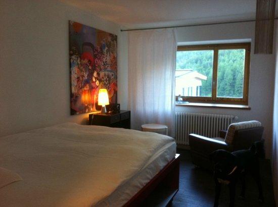 Piz Linard:                   Zimmer 11 - mit Blick auf den Inn.