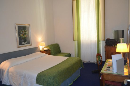 Hotel Il Poeta Dante :                   Our Room- 103