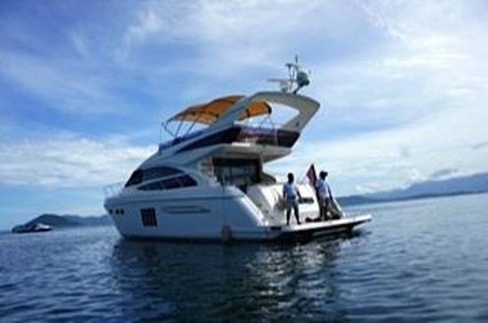 Gaya Island Resort:                   the cruiser