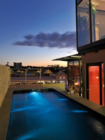Protea Hotel Hatfield: Swimming Pool