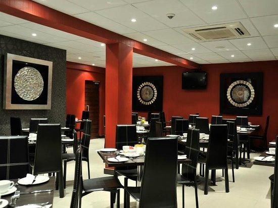 Protea Hotel Pretoria Hatfield: Restaurant