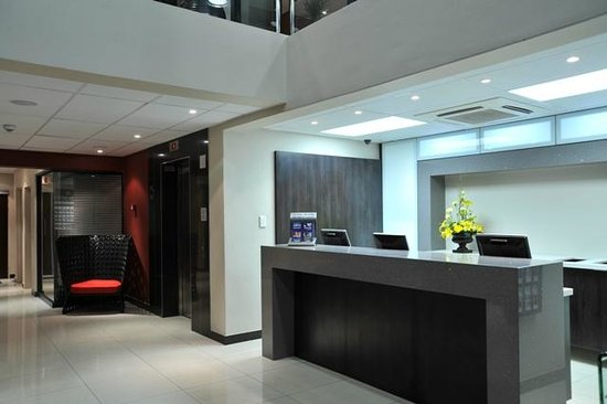 Protea Hotel Hatfield: Reception