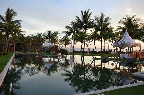 The Samaya Bali Seminyak:                   Main pool