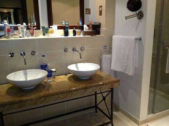 Hilton Ras Al Khaimah Resort & Spa:                                                                         Dual sinks in villa bath