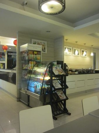myhotel Pratunam :                                     the lobby