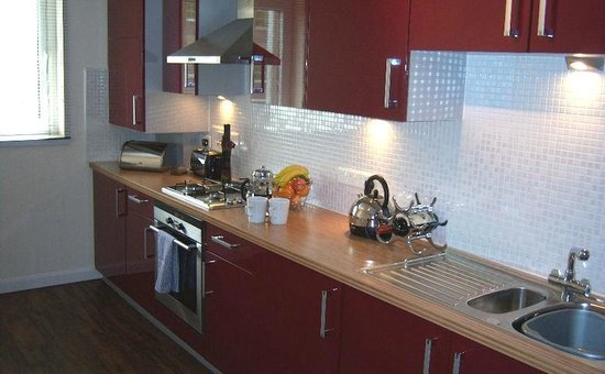 Dreamhouse Serviced Apartments Aberdeen: Kitchen