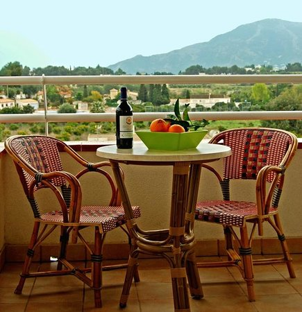 Hotel-Apartments Reuma-Sol:                                     Terraza - Terrasse - Terrace