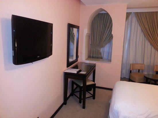 Hotel Almas:                                     coin tv et bureau