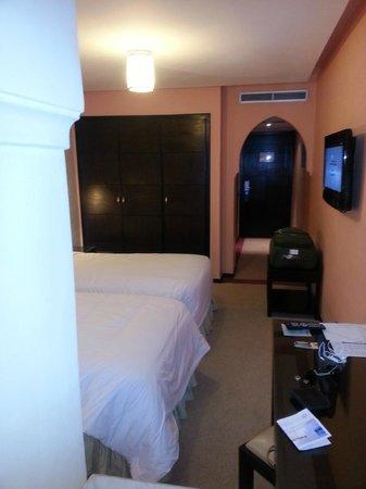 Hotel Almas:                                     chambre twin