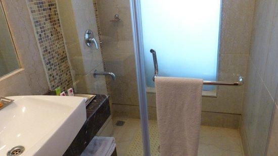 Clarks Inn :                   salle de bains