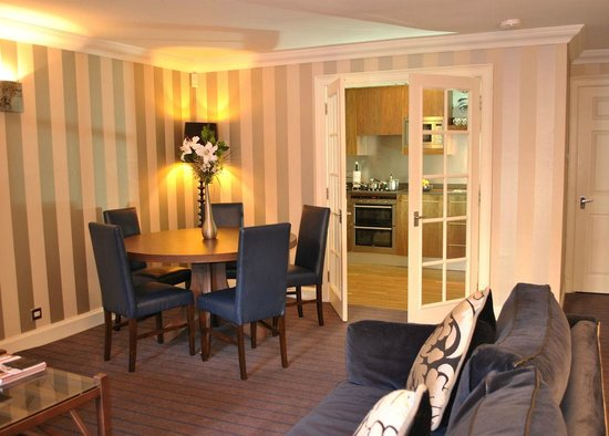 Dreamhouse Apartments Abercromby : Livingroom
