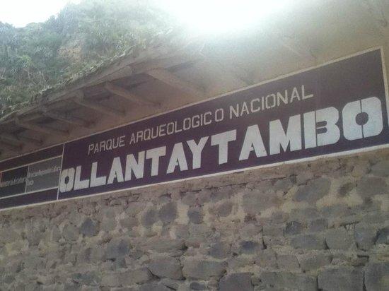 Храм Оллантайтамбо:                   Ruinas de Ollantaytambo