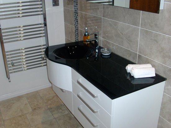 Farnham Hotel: luxury king sea view ( bathroom )