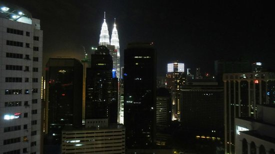 PARKROYAL Serviced Suites Kuala Lumpur:                   View from 30th floor - nighttime                 