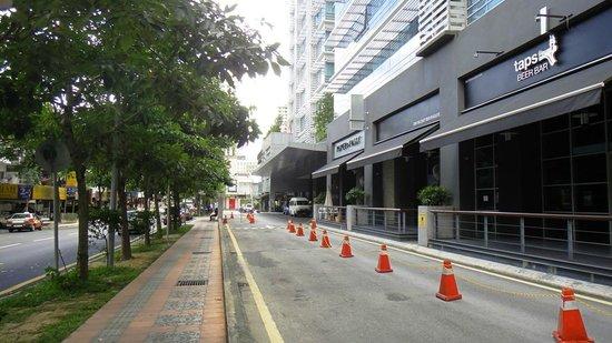 PARKROYAL Serviced Suites Kuala Lumpur:                   Entrance