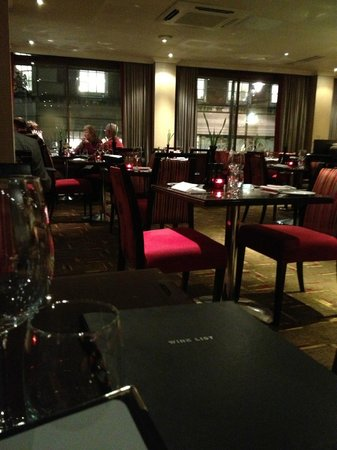 The Cavendish London:                   dining room