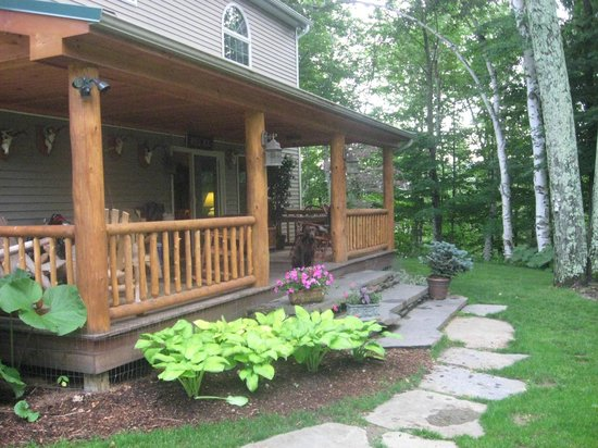 The Birches at Steep Acres Farm: Enjoy a drink on the porch after a long afternoon