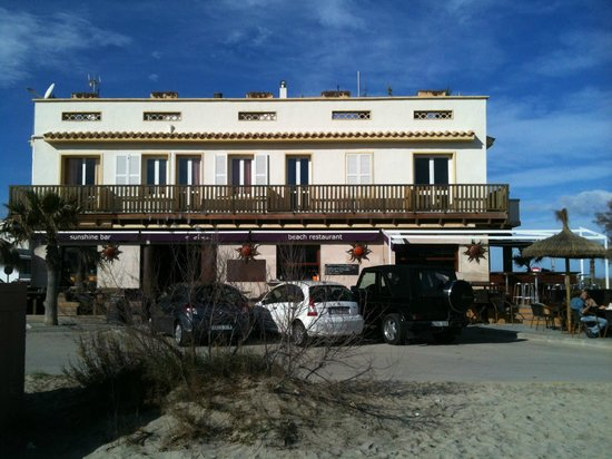 El Sol Restaurant & Bar : Front view of El Sol, Son Serra de Marina