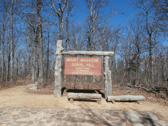 Magazine mountain overlook area picture of mount for Cabins near mount magazine