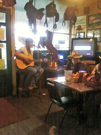 Old Saloon:                   live music