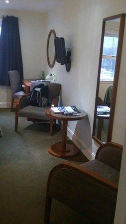 The Lovat, Loch Ness:                   Room