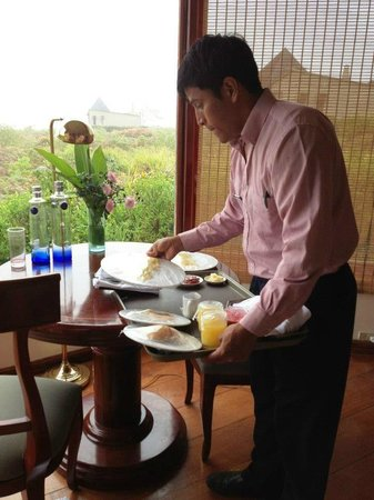 Royal Palm Hotel Galapagos :                   Breakfast delivery was fast