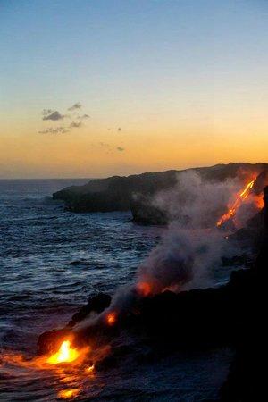 Kalapana Cultural Tours:                   Ocean entry point at dusk                 