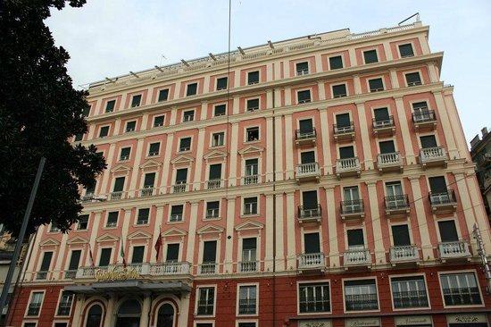 Grand Hotel Savoia:                   esterno
