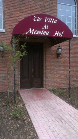 The Villa Bed and Breakfast at Messina Hof:                   Front Entrance