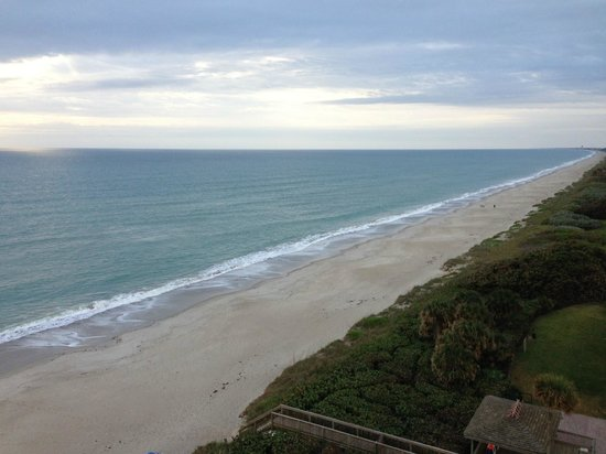DoubleTree Suites by Hilton Melbourne Beach Oceanfront :                   View from 9th floor room