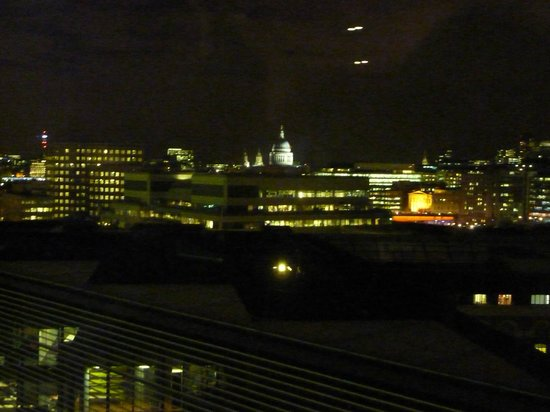 Hilton London Tower Bridge:                   View of St Pauls from elevator area