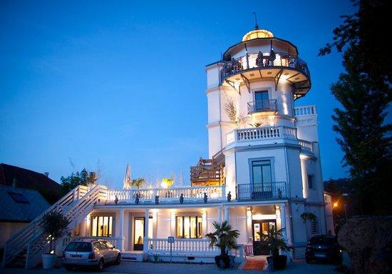La tour saint simond aix les bains restaurant avis - Restaurant la folie des grandeurs aix les bains ...