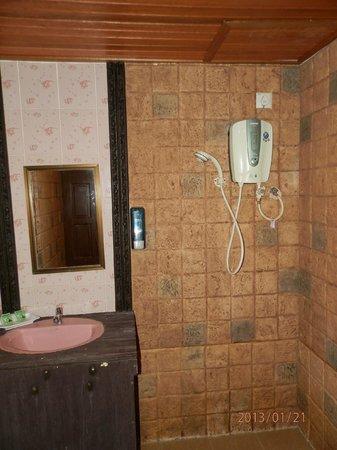 Malibest Resort:                   Bathroom                 