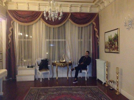 Hayriye Hanim Konagi Hotel:                   Inside hhk                 